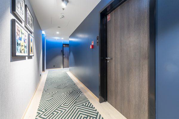 bkt system drzwi hotel NYX (15)