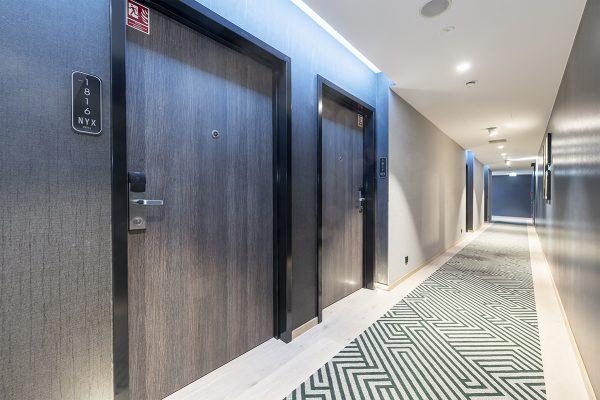 bkt system drzwi hotel NYX (16)