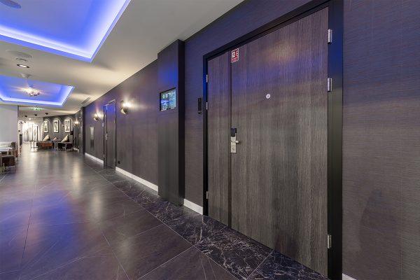 bkt system drzwi hotel NYX (22)
